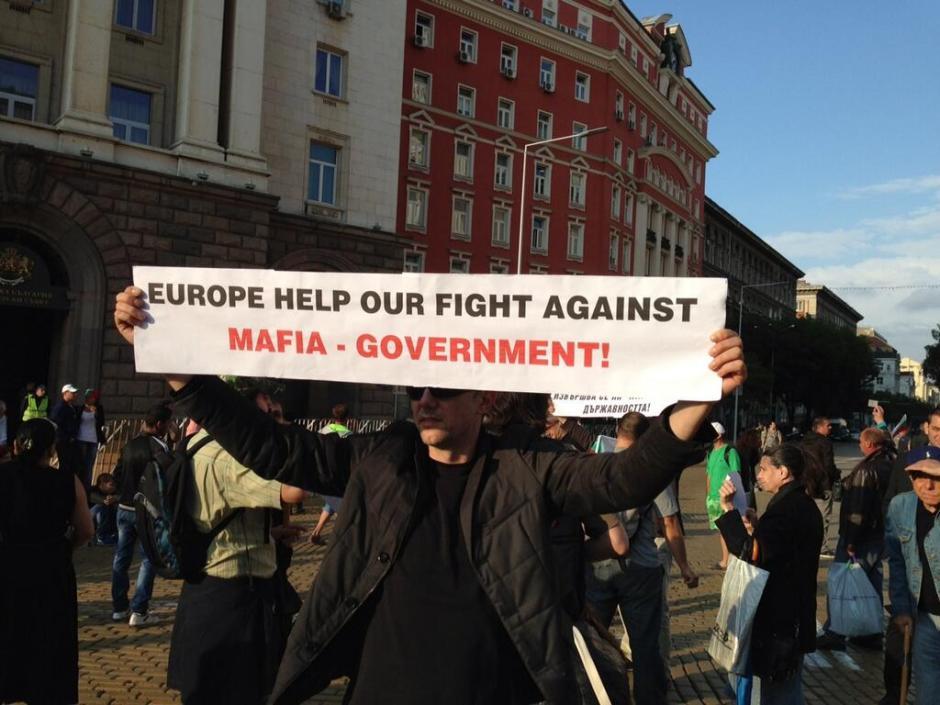 Proteste in Bulgarien; QUelle: Twitter: pic.twitter.com/dXlTkA73iG