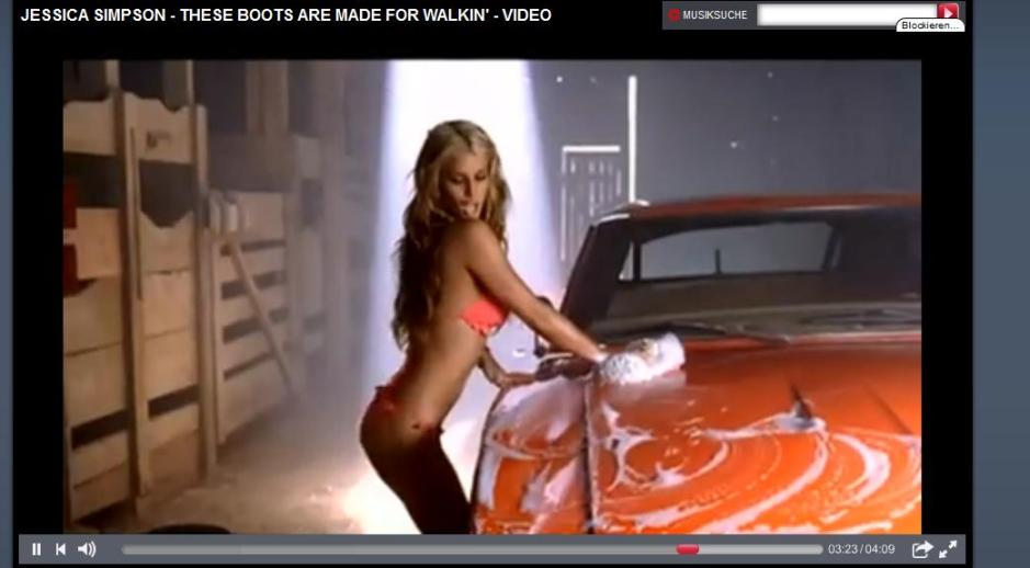 "Screenshot: Jessica Simpson - ""These Boots are Made for Walkin'"""