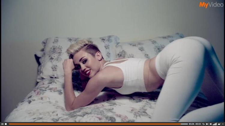 "Screenshot: Miley Cyrus- ""We can't stop"""
