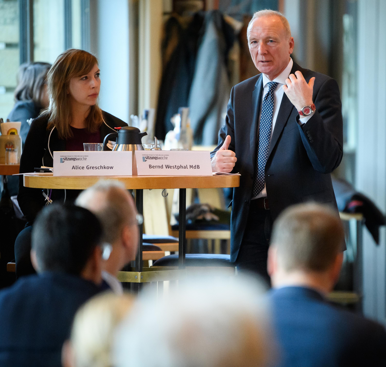 sitzungswoche Sprechstunde mit Bernd Westphal